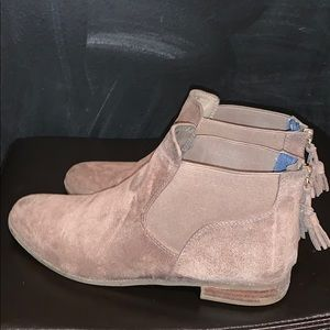 Faux suede booties in taupe